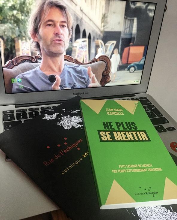 Petit manuel de lucidité aux éditions Rue de l'échiquier